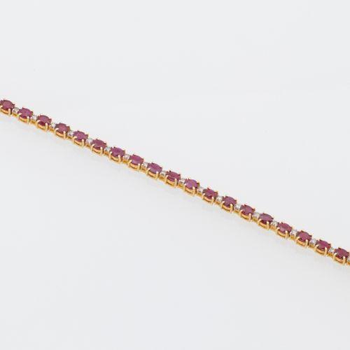 BRACELET RUBIS DIAMANTS Vermeil (925 thousandths) line bracelet adorned with thi…