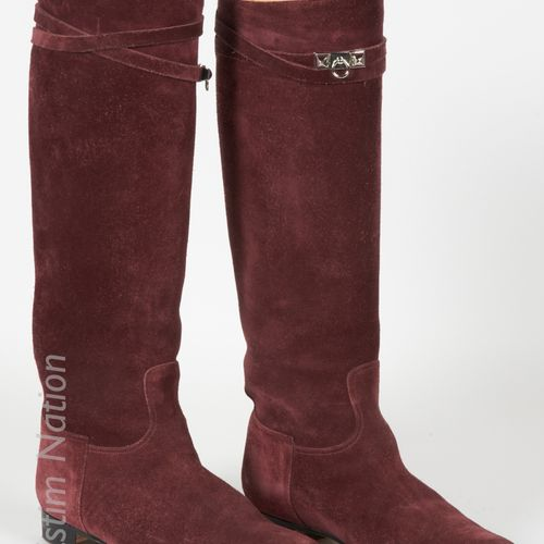 """HERMES PAIR OF """"JUMPING"""" BOOTS in burgundy goat suede, two links decorated with …"""