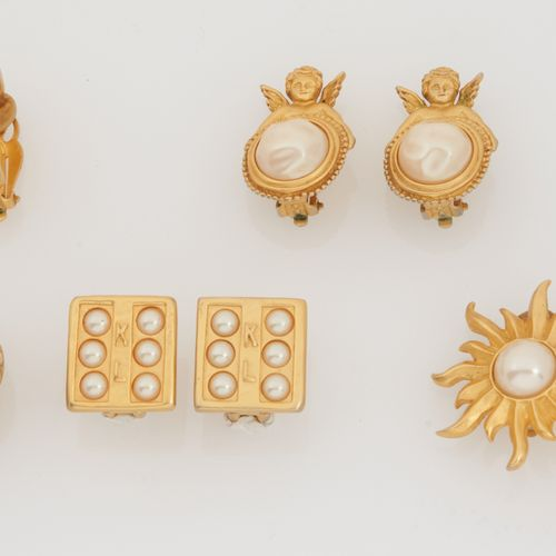 KARL LAGERFELD CIRCA 1990 FIVE PAIRS OF EAR CLIPS in gold plated metal and half …