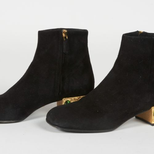 PRADA PAIR OF BOOTS in black suede, metal heels with emerald glass cabochon (D 3…