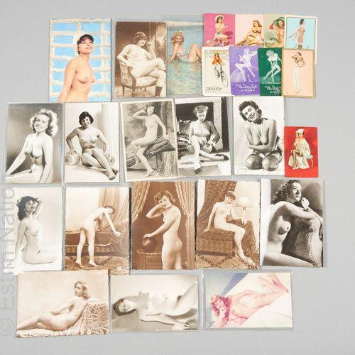CARTES POSTALES Collection de cartes à jouer et cartes postales érotiques représ…