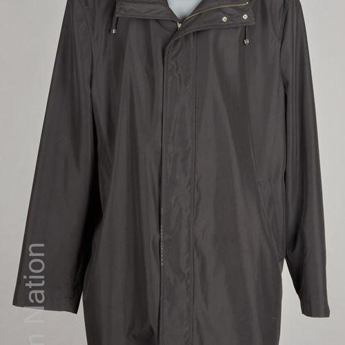 ADOLFO DOMINGUEZ PARDESSUS imperméable à capuche amovible en polyester noir, deu…