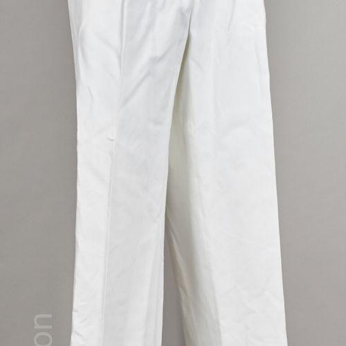 LORO PIANA, DOLCE & GABBANA PANTALON chino en coton blanc (T 58 italien) (traces…