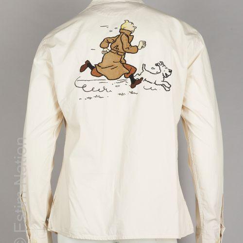 JC DE CASTELBAJAC X HERGE CHEMISE en coton blanc cassé appliqué de Tintin et Mil…