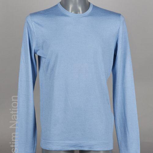 BERLUTI FIN PULL OVER en cachemire et soie bleu ciel (TM) (points de couture de …