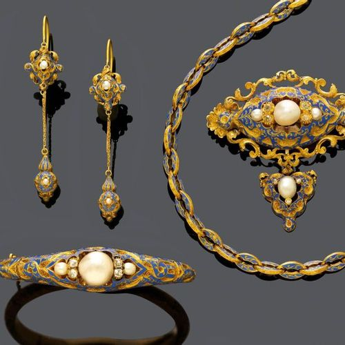 ENAMEL, NATURAL PEARL AND DIAMOND ENSEMBLE, ca. 1840. Yellow gold, 62g. Necklace…