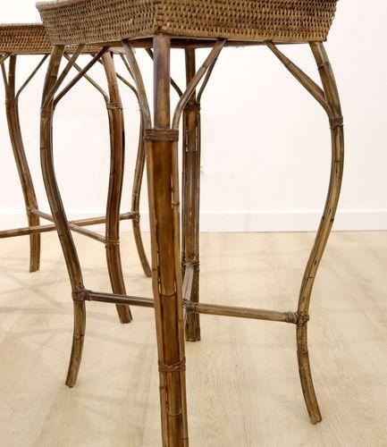 Paire de sellettes PAIRE DE SELLETTES rectangulaires en osier, piètement bambou …