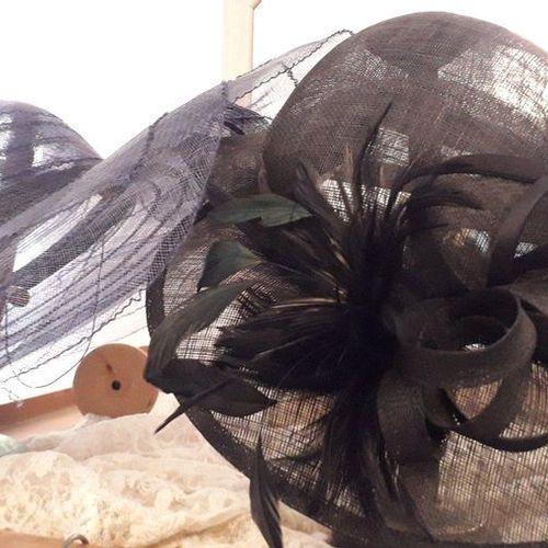 Lot de 5 toques + 3 chapeaux