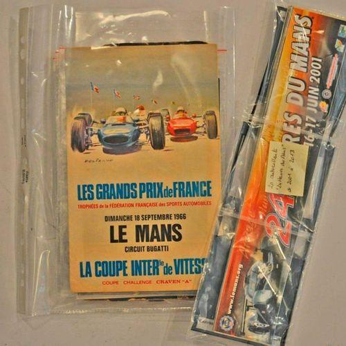 Lot de souvenirs 24h du Mans (Flyers 1961, 1971 + carte Michelin 1926/1930 + aut…