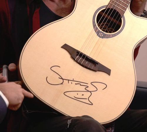 Sting One of Britain's greatest singer songwriter and musician offers an autogra…