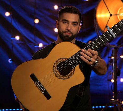 Kendji Girac Kendji Girac's dry guitar, a performer with the golden voice reveal…