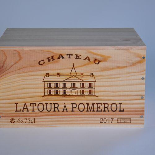 Château Latour à Pomerol 2017 Lot d'une caisse bois de 6 bouteilles, Bordeaux, P…