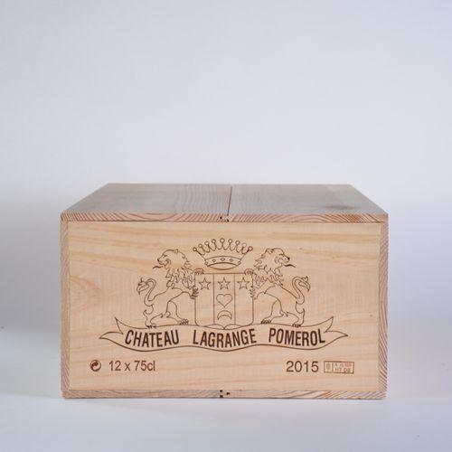 Château Lagrange à Pomerol 2015 Lot d'une caisse bois de 12 bouteilles, Bordeaux…