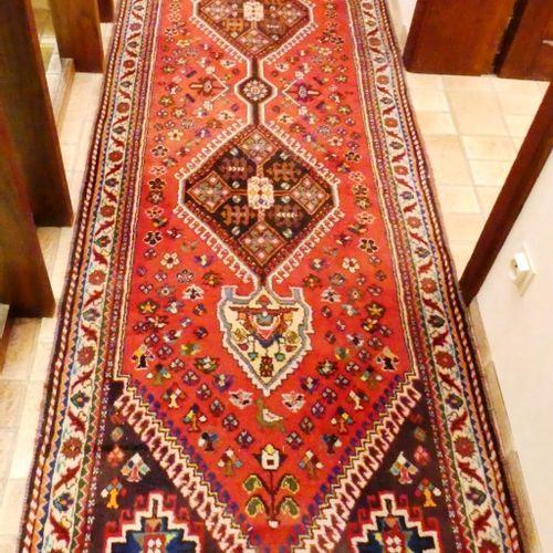 Wool gallery carpet. 298 x 90 cm. LOT SOLD ON DESIGNATION.
