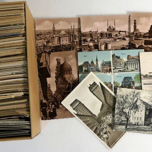 Lot de cartes postales Asie Benelux divers. 450env.