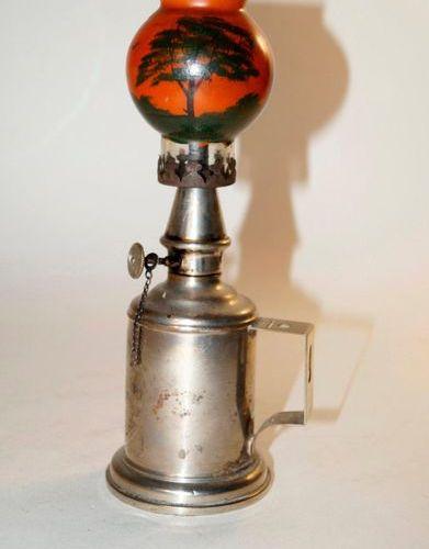 Varia et lampe à huile diverse, Charles PigeonCorps de lampe cylindrique, pied é…