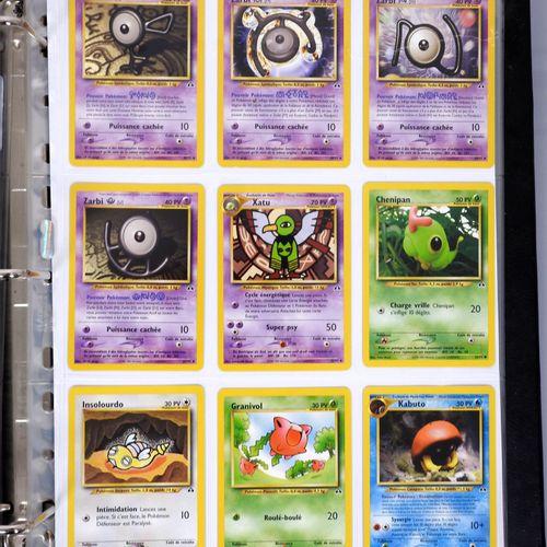 BLOC WIZARDS  Classeur comprenant environ 310 cartes du set de base et des exten…