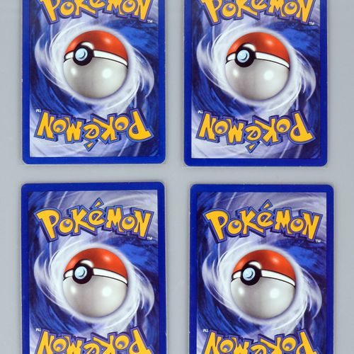 SET DE BASE  Ensemble de 4 cartes rares en édition 1  Cartes pokémon en très bel…