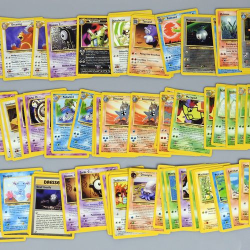 NEO DISCOVERY  Bloc Wizards  Fort lot comprenant 11 cartes rares holo, 23 cartes…
