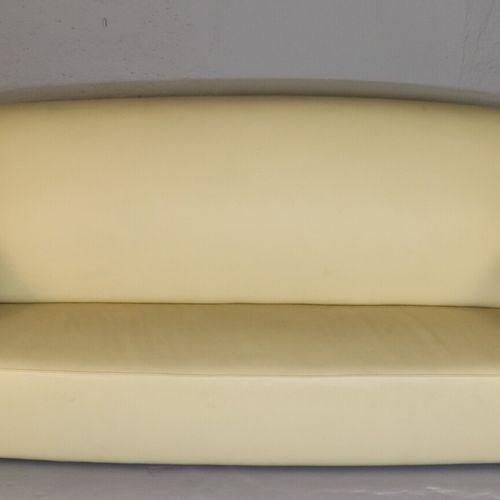 Important canapé de style Art Déco à fût en palissandre, garniture de cuir beige…