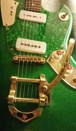 GUITAR: Philippe Dubreuille. Model: Little Green.  Neck and fingerboard: rosewoo…