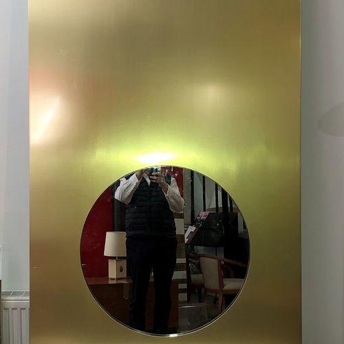 Joseph André MOTTE (1925 2013) Coiffeuse d'applique, la façade laquée or, ornée …