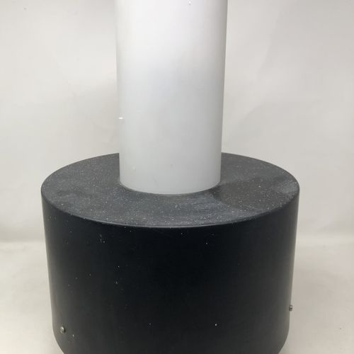 RAAK (Amsterdam) Suspension en métal laqué noir et verre H. : 42 cm (taches de p…