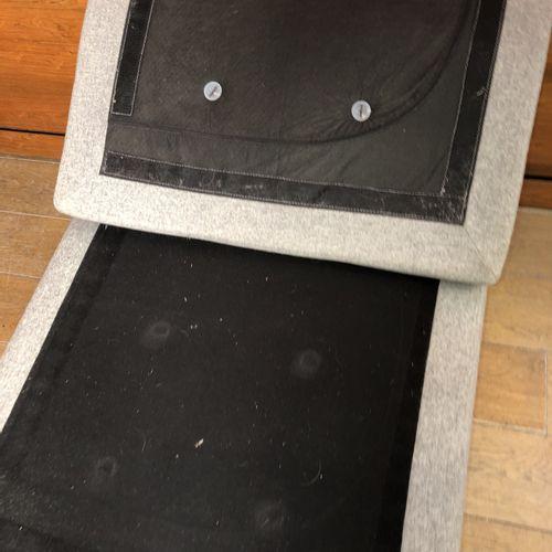 BO CONCEPT Pouf rectangulaire, garni de tissu gris chiné Travail moderne 40 x 10…