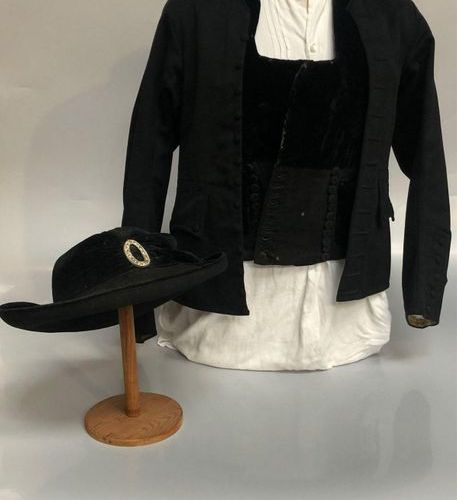 QUESTOR'S KIT made up of a waistcoat in fine wool and black velvet with its embr…