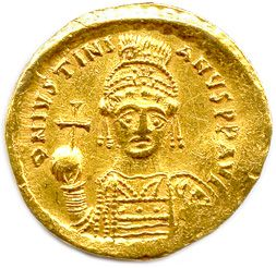 JUSTINIAN I 527 565 His helmet and armoured bust holding a globe. R/. Angel stan…