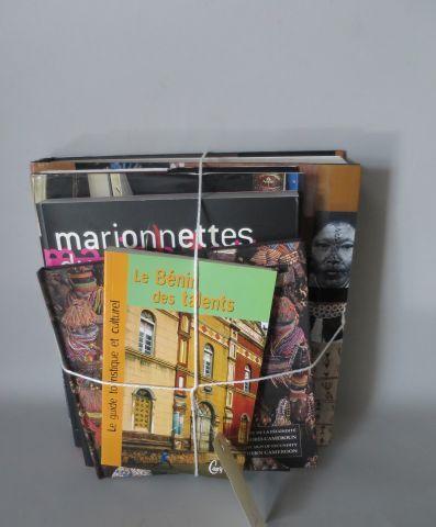 5 livres – Civilisations des Arts Premiers ( Place des Victoires ) Portraits cro…