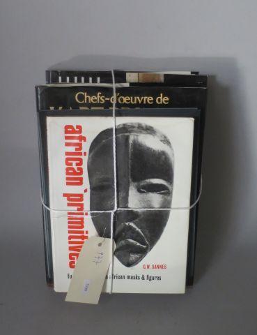 Arts d'Afrique noire dans le musée Barbier Muller – Cuillers sculptures ( Dapper…