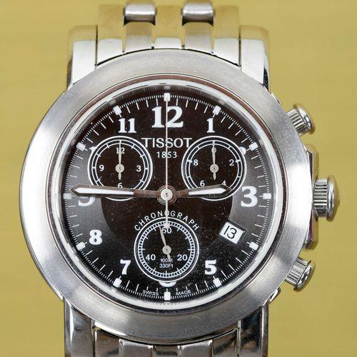 TAG HEUER Montre chronographe    En acier, cadran émaillé anthracite à chiffres …