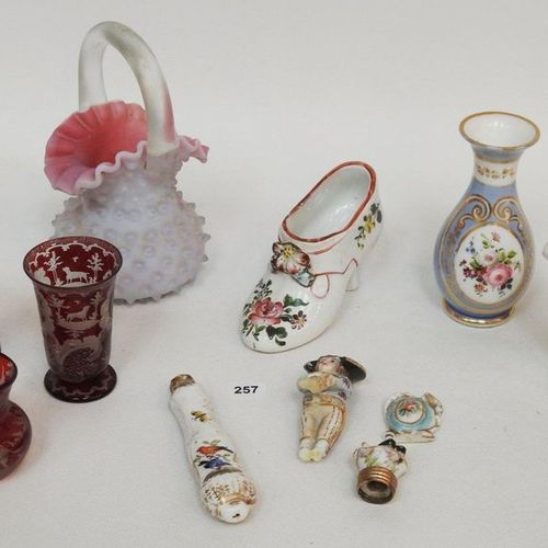 Set of showcase objects including Bohemian crystal liqueur cups with hunting dec…