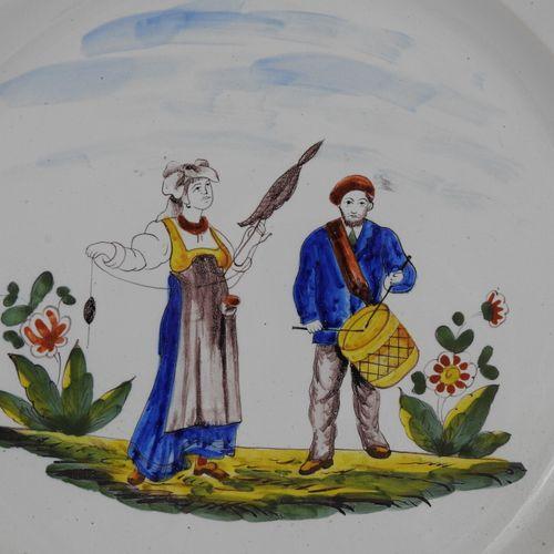 SAINT CLEMENT Keller et Guerin : Plat creux circulaire en faïence à décor d'une …
