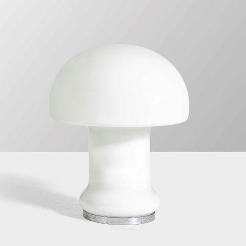 Lampada da tavolo con struttura in metallo cromato e diffusore in vetro di Muran…