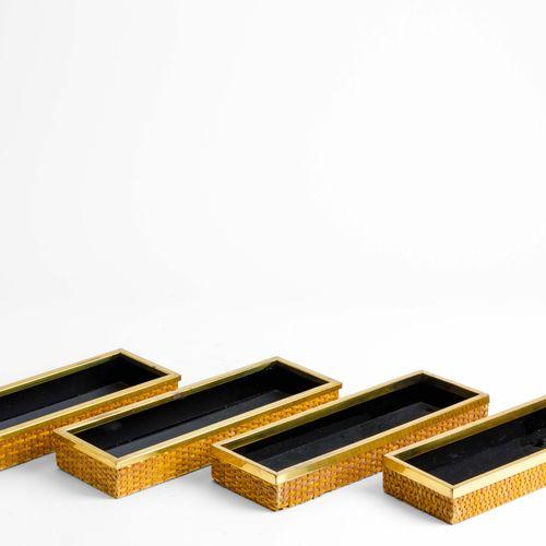 Gabriella Crespi, 一套四个藤制储物箱,带铜质型材。意大利制造,1970年 约9x27x3.5厘米