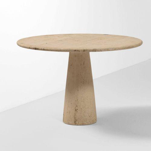 Tavolo con sostegno e piano in travertino., Prod. Italia, 1970 ca. Cm 110x74