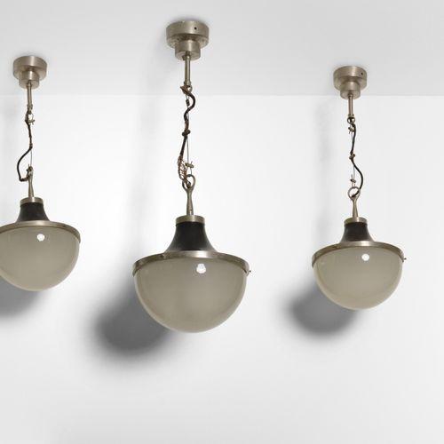 Sergio Mazza, Tre lampade a sospensione mod. Pi Cavo, struttura in alluminio sat…