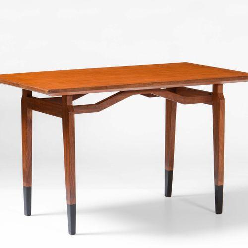 Tavolo rettangolare con struttura, sostegni e piano in legno., Prod. Italia, 195…