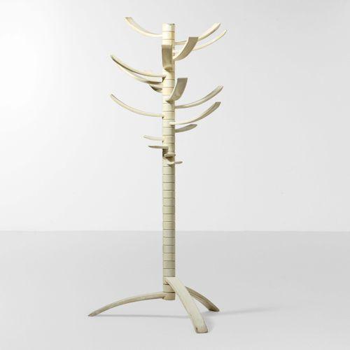 Bruce Tippett, Appendiabiti orientabile mod. Renna con struttura in ABS. Prod. G…