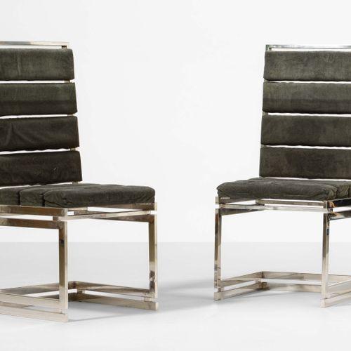 Romeo Rega, Paire de chaises mod. Doghe avec structure en métal chromé et revête…