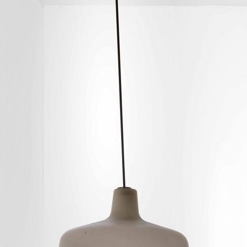 Ignazio Gardella, Lampada a sospensione mod. Paolina con struttura in metallo, d…