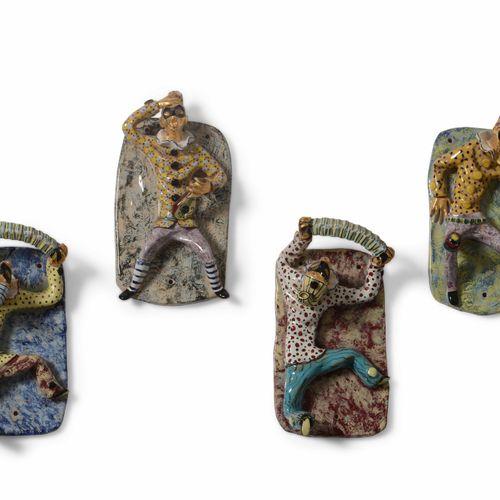 San Polo, Quattro appendiabiti da parete in ceramica smaltata. Firma originale. …