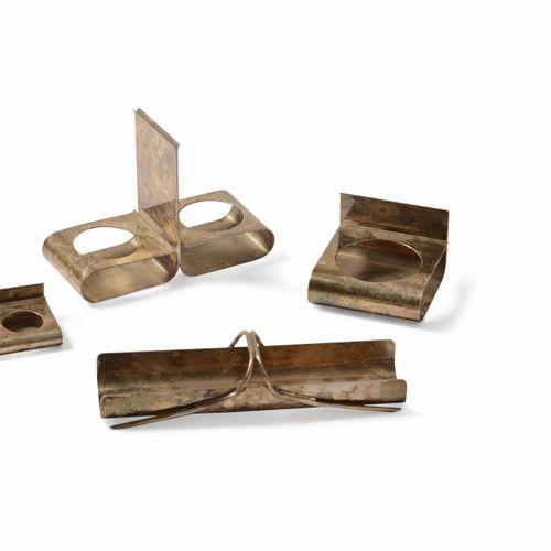 Lino Sabatini, Set da tavola in metallo argentato composto da quattro elementi. …