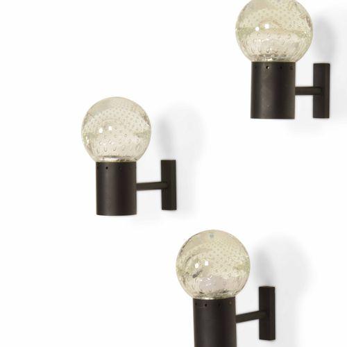 Seguso, Set composto da una lampada a sospensione e tre appliques. Strutture in …