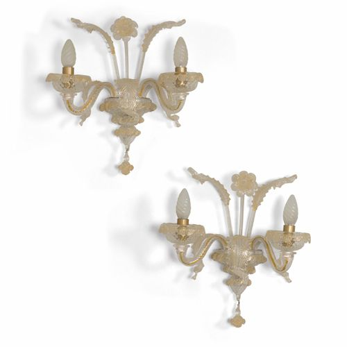 Coppia di lampada da parete in vetro di Murano a foglia oro e particolari in ott…
