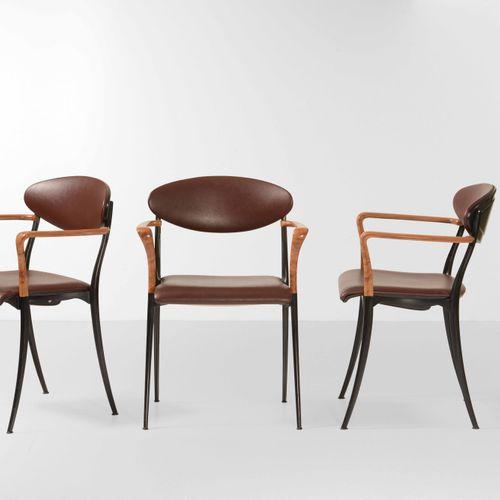 Luigi Origlia, Nove sedie con struttura in legno e metallo. Rivestimenti in cuoi…