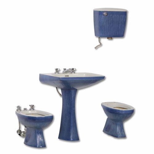 Antonia Campi, Ensemble de salle de bains en céramique émaillée. Marque original…