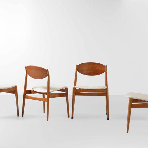 ISA, Quattro sedie con struttura in legno e rivestimenti in tessuto. Prod. ISA, …